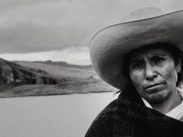 """Fotografía de Máxima Acuña del documental """"La hija de la laguna""""."""